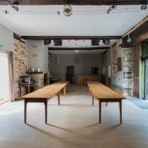 grande salle ; gite de groupe ; tarn ; ferme pédagogique ; centrde vacances ; occitanie